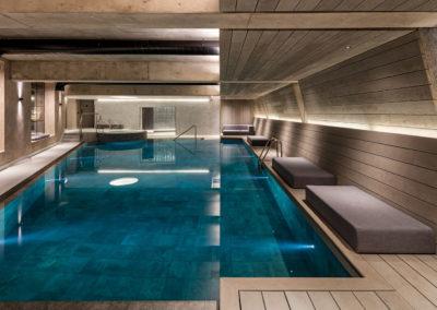 Hotels & Spas 14